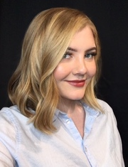 photo of Haylee Leonard, Receptionist/Make-Up Artist